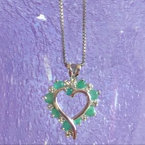 NWOT Sterling Silver Emerald Heart Necklace